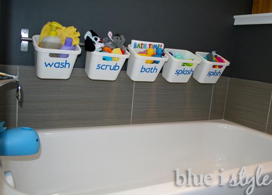 Stylish bath tub toy storage