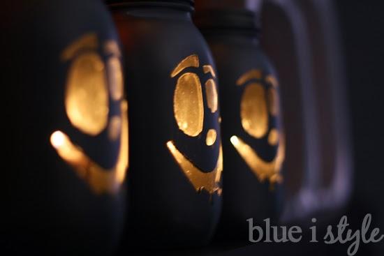 Mason Jar Jack O'Lanterns
