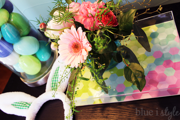 DIY acrylic frame and Easter egg decor