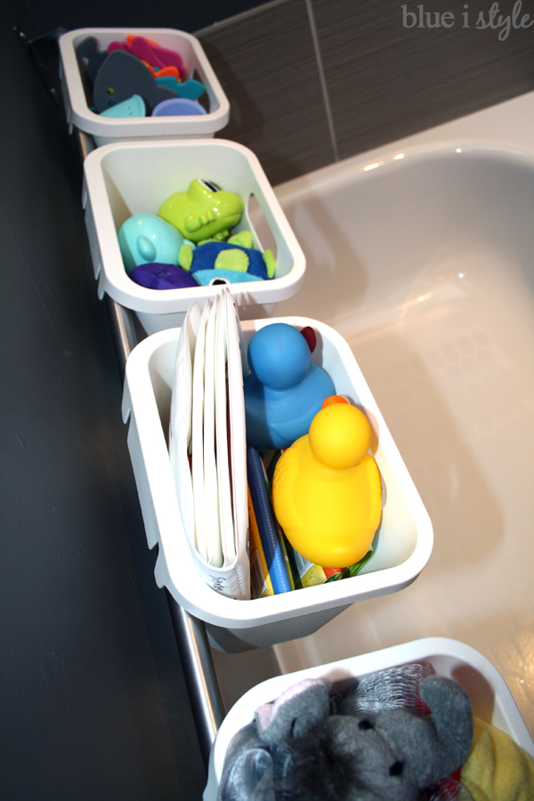 stylish bathtub toy organization