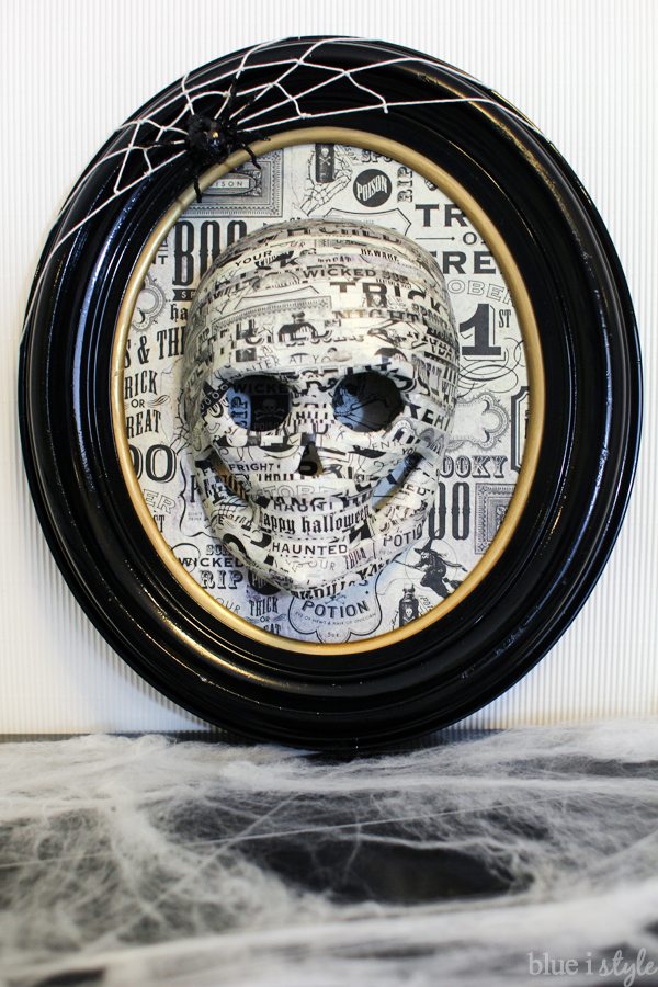 Framed Skull Halloween Decoration