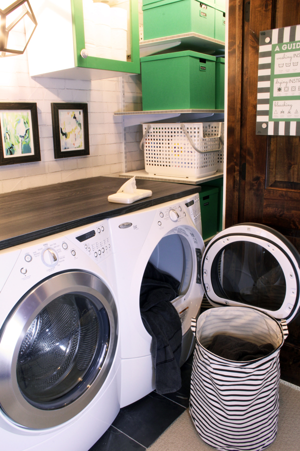 Storage tip for laundry dryer sheets