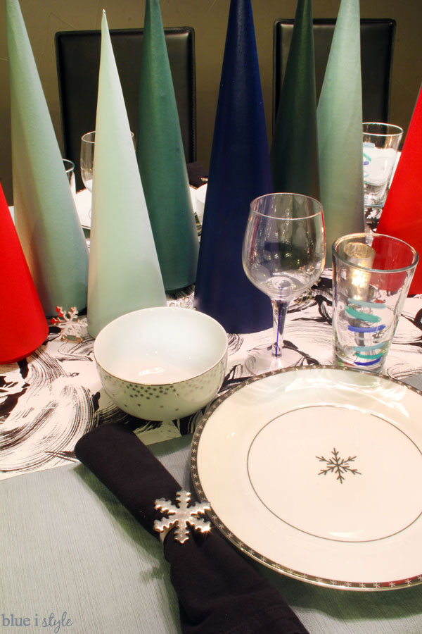 Modern Christmas Table