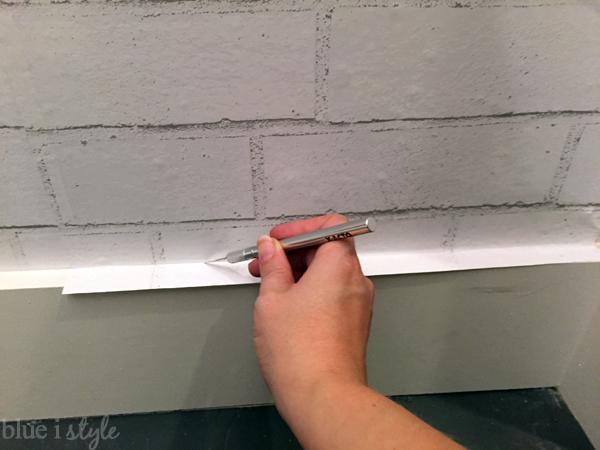 Trimming temporary wallpaper