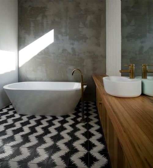Bluff House Bathroom
