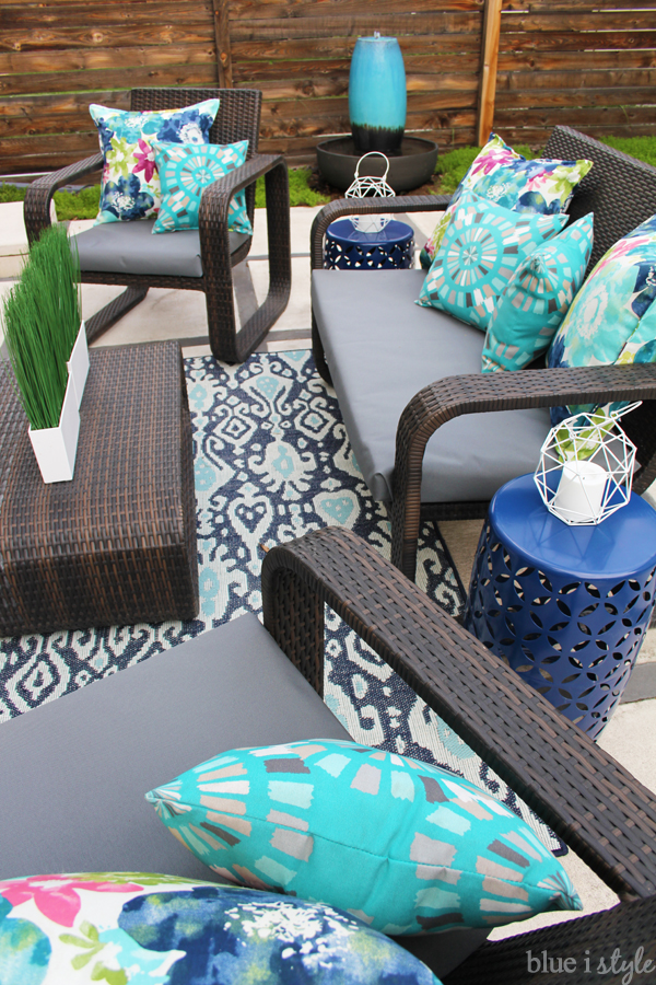 Backyard patio decorating inspiration