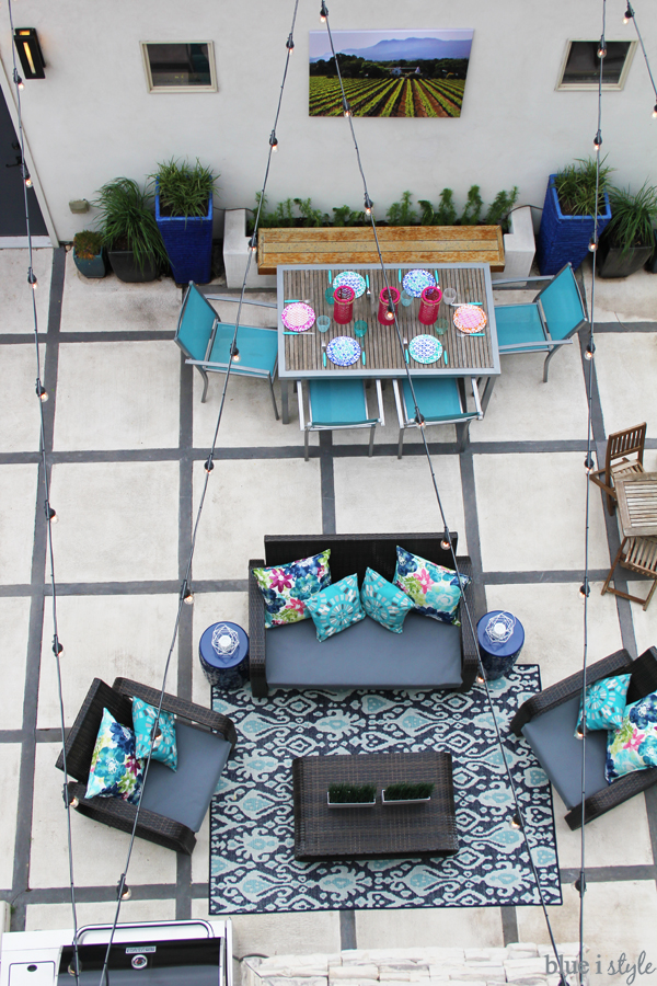 outdoor living room decorating tips
