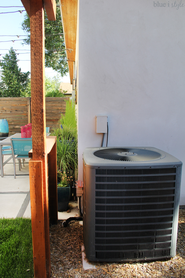 Air conditioning unit screen to hide AC