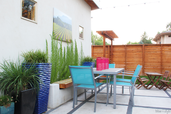 Planter bench for patio dining table