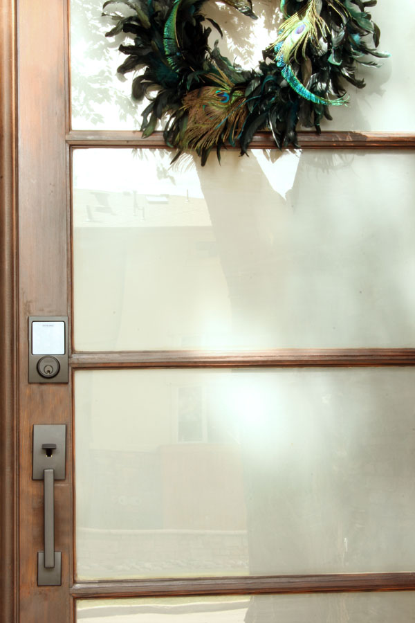 Stylish new keyless deadbolt touch screen and handle