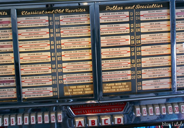 Christmas 45s in jukebox