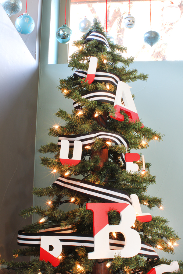 Letter Ornament Christmas Tree