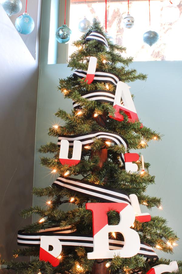 Letter Ornament Christmas Tree