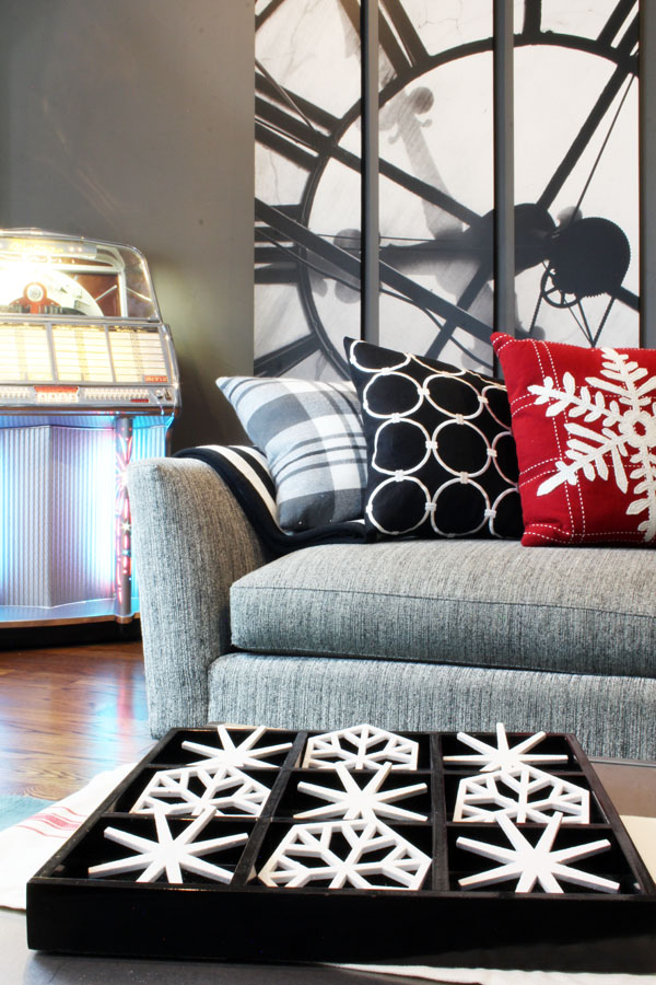 Snowflake Tic Tac Toe Coffee Table Game