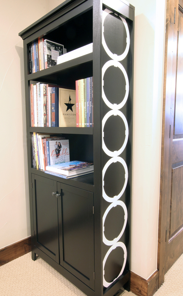 Bookshelf Makeover with Adhesive Vinyl Cricut