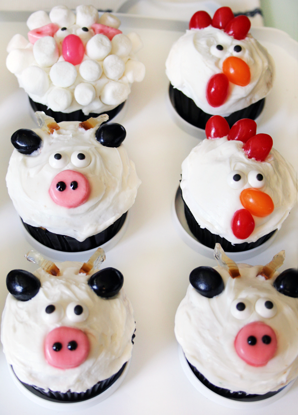 Sheep Cupcakes Cow Cupcakes Rooster Cupcakes