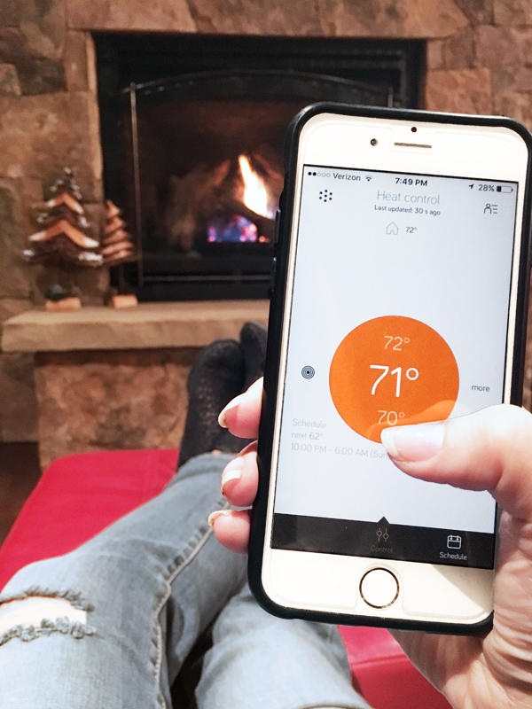 Control your home while traveling with a Smart Home App