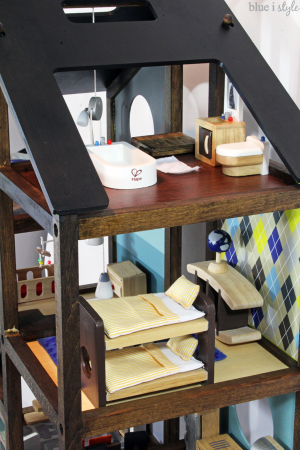 Hape Dollhouse Makeover