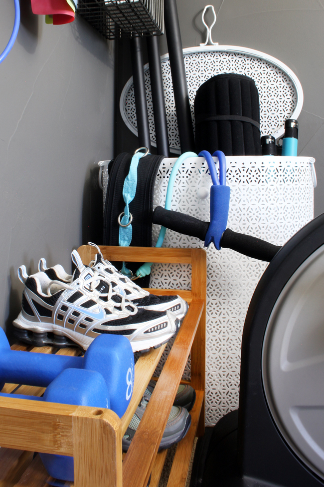 Hamper for storing weighted body bars and yoga mats