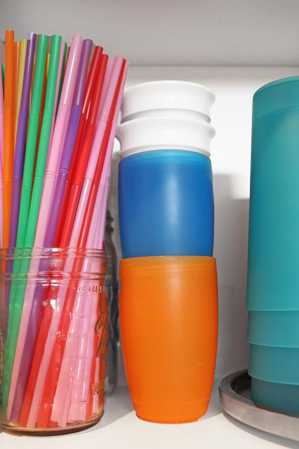 straw storage in mason jar